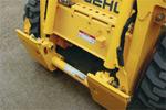 Система креплений All-Tach позволит легко присоединить дополнительное навесное оборудование.